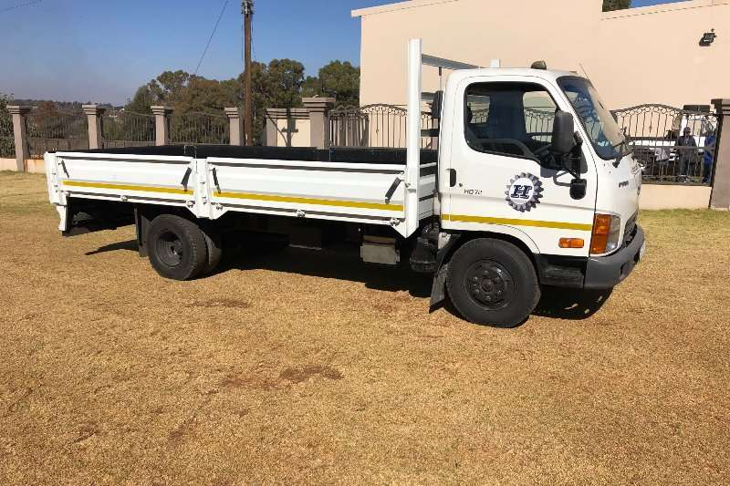 Hyundai Truck Dropside HYUNDAI HD 72 DROP SIDE 2012