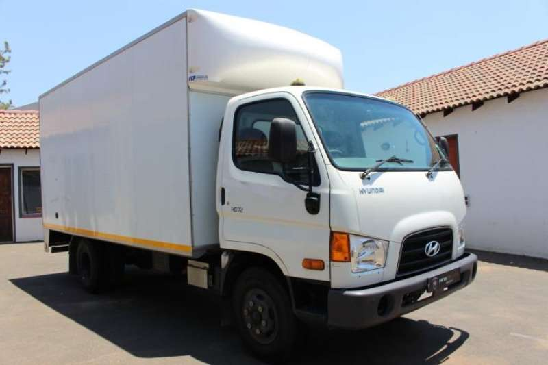 Hyundai Truck Van body HD72 low mileage 2015