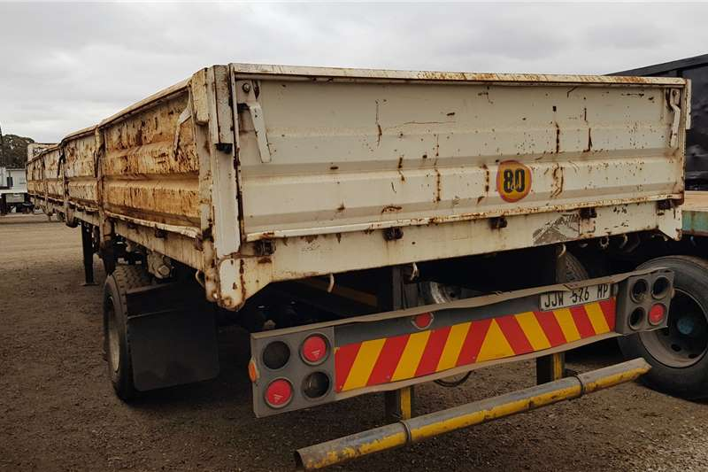 Inline Double axle 12.5m Dropside, Container Locks Trailers