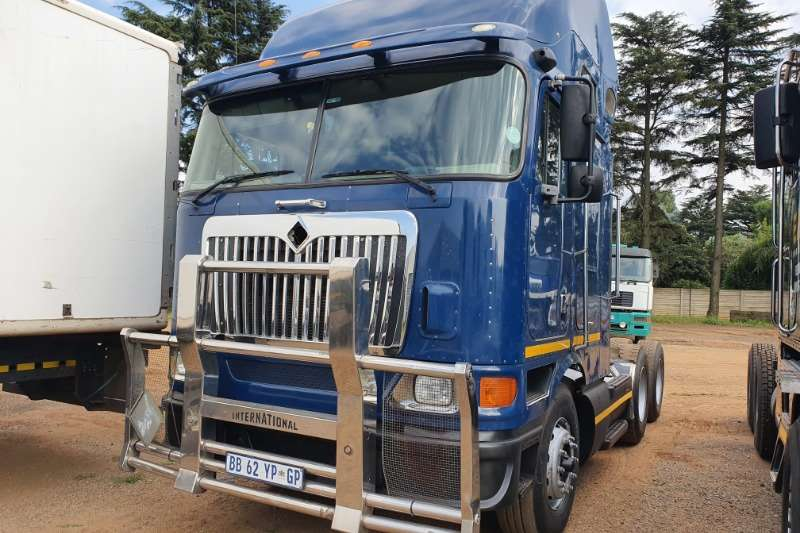 International Other trucks Eagle 9800i. Midroof. Auto. Cummins ISX motor. 2010