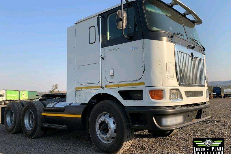 International Truck-Tractor Double axle 2008 International 9800i 2008
