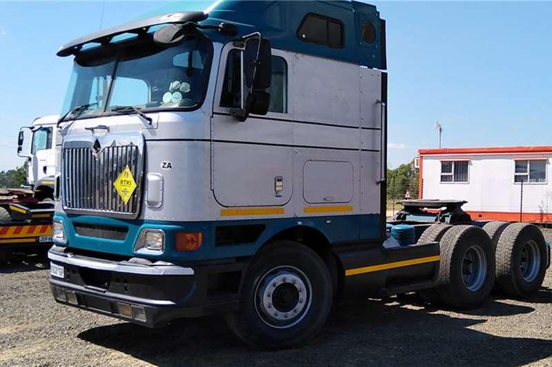 International Truck-Tractor IINTERNATIONAL 9800i 2011
