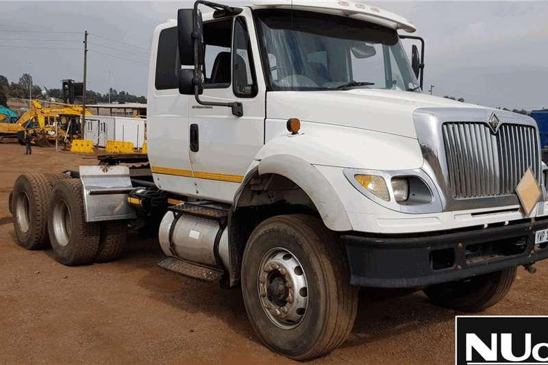 International Truck-Tractor INTERNATIONAL 7600I 6X4 HORSE 2010