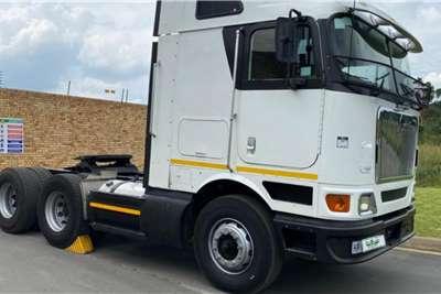 International 2011 International 9800i Midroof Auto Shift Truck tractors