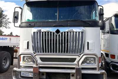 International Double axle 2008 International Eagle 9800I Truck tractors