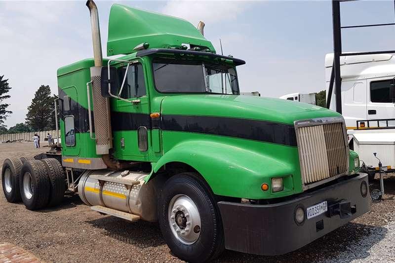 International Truck Tractors Double Axle 9400 N14 manual