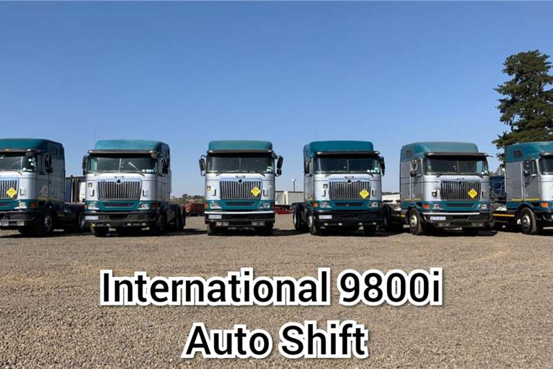 International Truck tractors Double axle CLEARANCE SALE ON INTERNATIONAL 9800I AUTO SHIFT