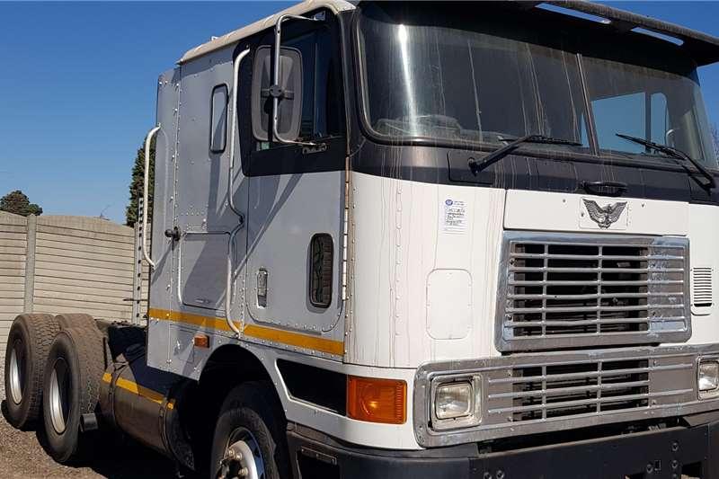 International Eagle 9800 Cummins N14C+ Manual Truck tractors