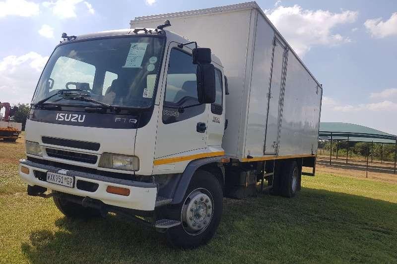 Isuzu Box trucks 2008 ISUZU F T R 800 VAN BODY 2008