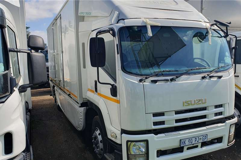 Isuzu Box trucks FTR 800 2014