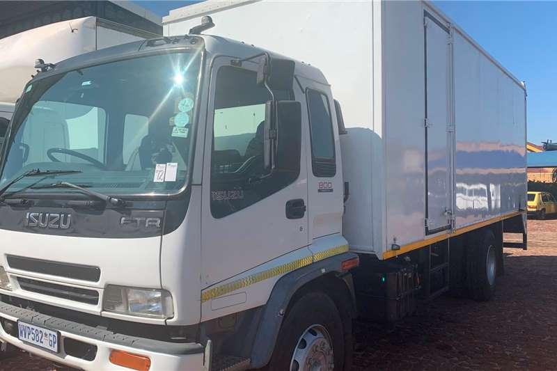 Isuzu Box trucks FTR 800 F/C Volume Van 2008