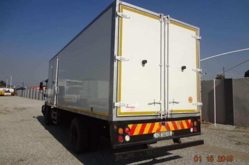 Isuzu FTR850 van Body Box trucks