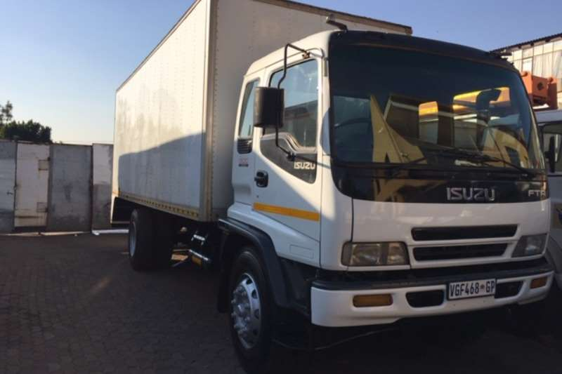 Isuzu Box Trucks Isuzu FTR 800 Truck Closed Body 2006