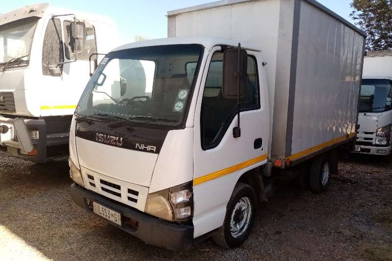 Isuzu Box Trucks Isuzu NHR150 Volume Body 2008