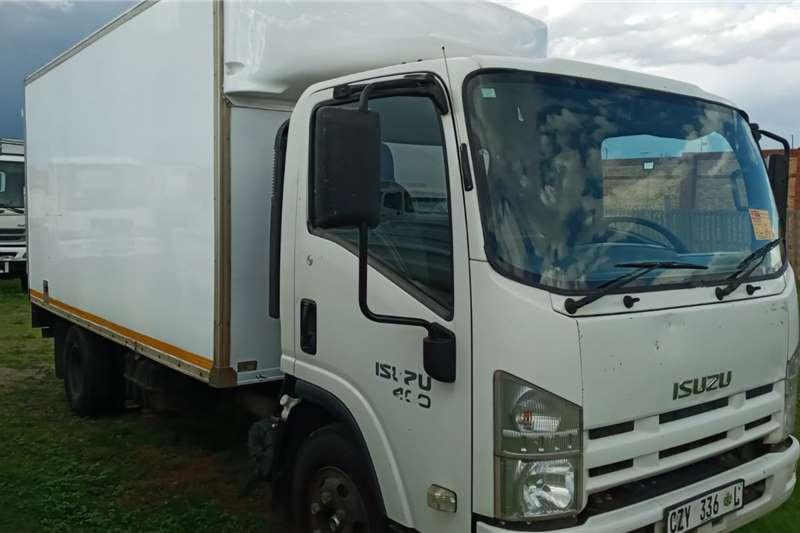 Isuzu Isuzu NPR 400   4 TON VOLUME BIN FOR SALE Box trucks