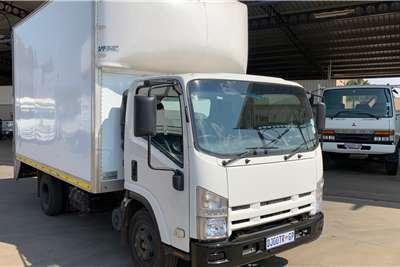 Isuzu NPR 300 F/C Volume Van Box trucks