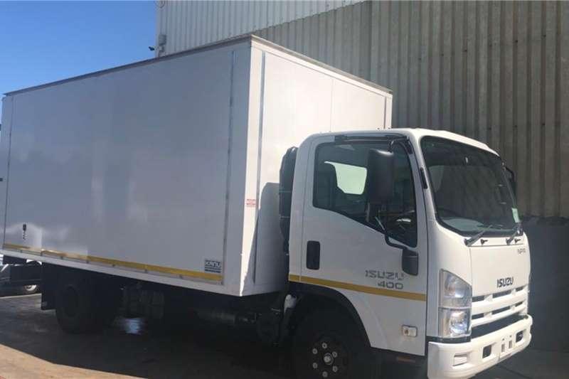 Isuzu Box trucks NPR 400 Manual Van Body 2020