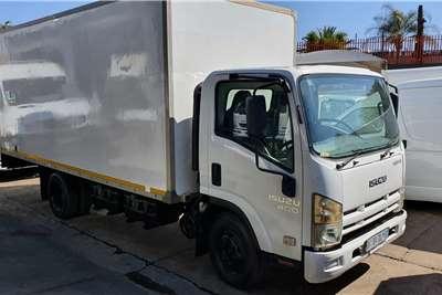 Isuzu NPR400 Box trucks