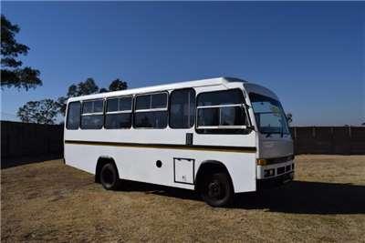 Isuzu 23 seater Isuzu (23 Seater) Buses
