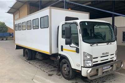 Isuzu 28 seater NQR 500 F/C 28 Seater Truck Bus Buses