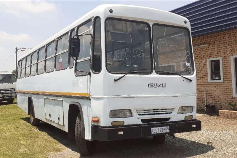 Isuzu Buses ISUZU FTR800 BUS 50 SEATER 2000