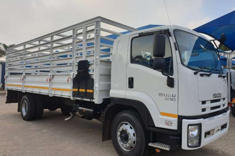 Isuzu Cattle body trucks FTR 850 AMT 2020