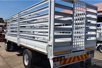 Isuzu FTR800 Cattle body trucks