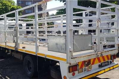 Isuzu NQR500 AMT Cattle body trucks