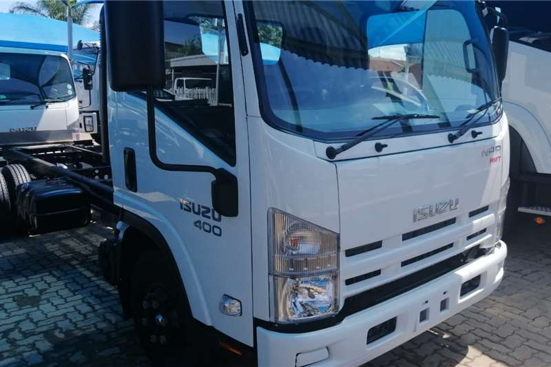 Isuzu Chassis cab trucks 22% DISCOUNT ON THIS NPR 400 AMT 2020