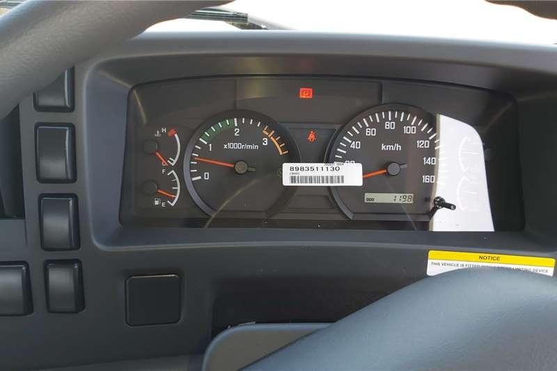 Isuzu FVZ 1400 Manual Chassis cab trucks