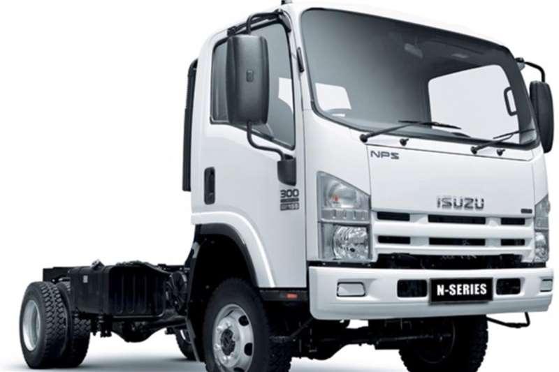 Isuzu Chassis cab trucks Isuzu NPS 300 Crew Cab 4x4 Chassis Cab 2020