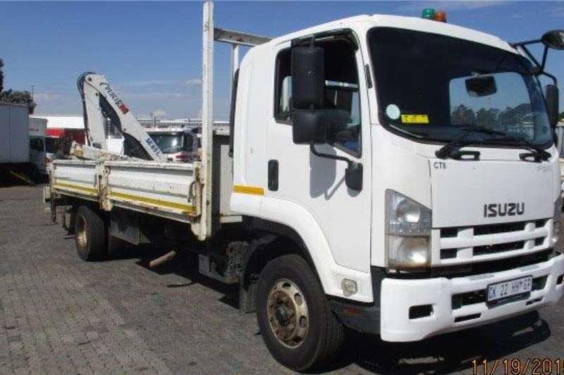 Isuzu Crane trucks 2013 Isuzu FSR800 with Pesci 85 rear crane