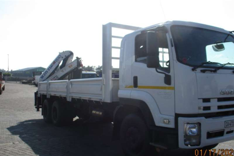 Isuzu Crane trucks ISUZU FVZ1400 DROPSIDE WITH REAR PESCI 22.5 2010