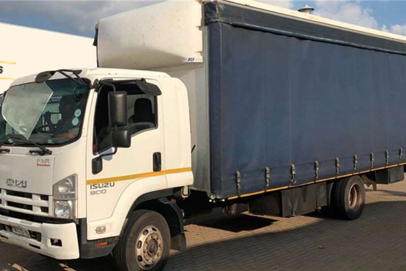 Isuzu Curtain side trucks FSR800 2012