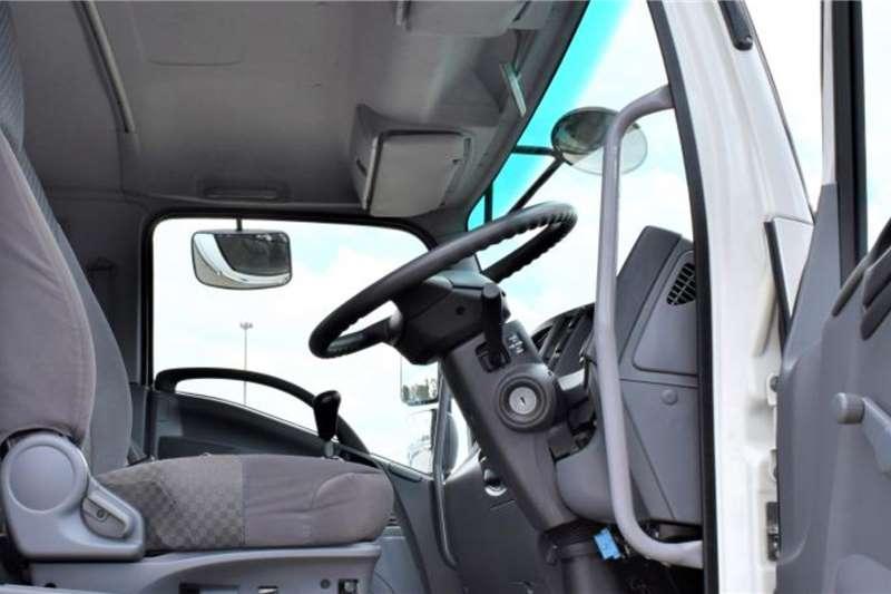 Isuzu FTR 850 Curtain side trucks