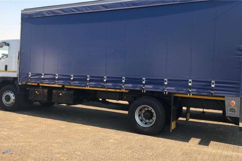 Isuzu Curtain side trucks FTR 850 Manual Tautliner truck 2020