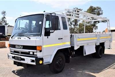 Isuzu F5000D Dropside trucks
