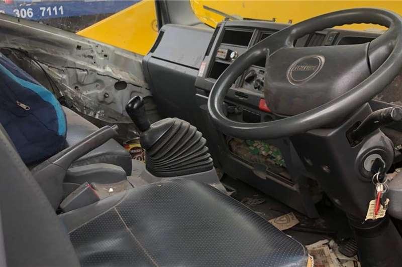 Isuzu Isuzu NPR 500 4 Ton Drop Side Dropside trucks