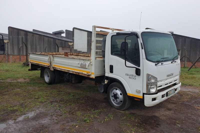 Isuzu Dropside trucks Isuzu nqr 500 161000km 2012 model R195000 plus vat 2012