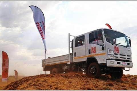 Isuzu Dropside trucks NEW NPS 300 4x4 Crew Cab 2020