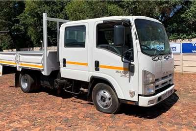 Isuzu NMR 250 Crew Cab AMT F/S D/S Dropside trucks