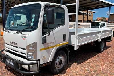 Isuzu NPR 400 AMT F/C D/S Dropside trucks