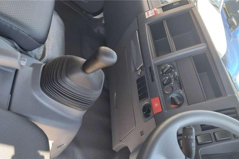Isuzu NPR 400 Manual Dropside trucks