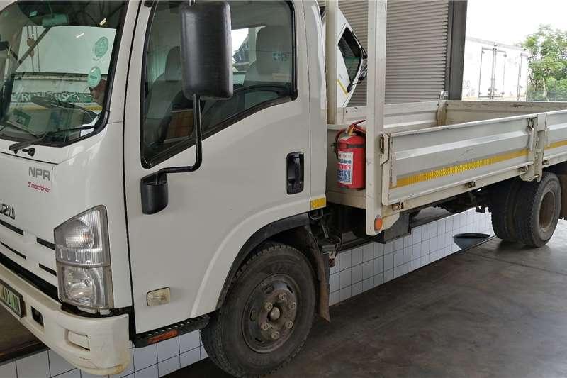 Isuzu NPR400AMT Drop Side Dropside trucks