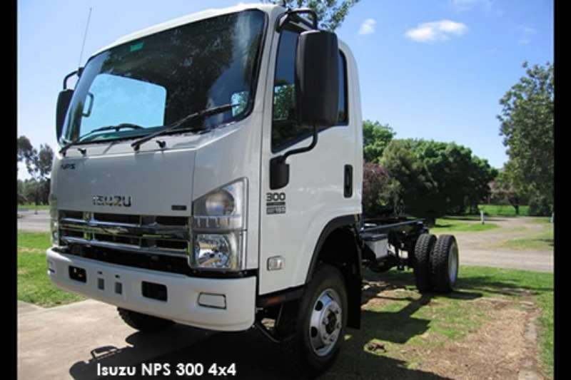 Isuzu Dropside trucks NPS 300 4x4   ABS 2020