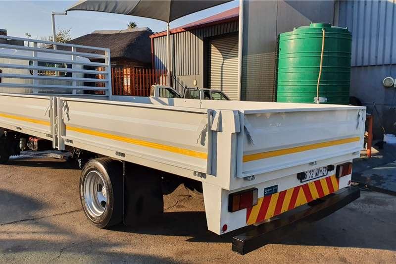 Isuzu NQR500 5 TON Dropside trucks