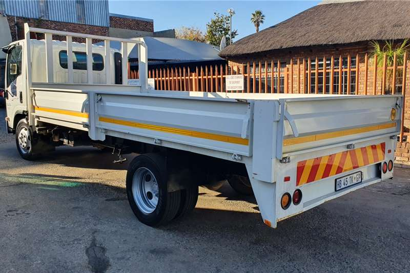 Isuzu NQR500 AMT Dropside trucks