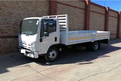 Isuzu NQR500 AMT,5 TON WITH DROPSDIE BODY Dropside trucks