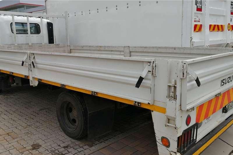 Isuzu NQR500AMT Drop Side Dropside trucks