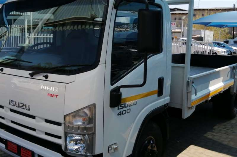 Isuzu VERY CLEAN NPR 400 AMT Dropside trucks